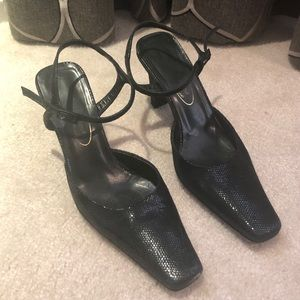 Brown's Couture Leather Heel Shoe